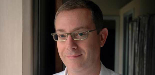 Dopo l'improvvisa e prematura scomparsa del dottor Lucio Olivetti, primario dell'Unità operativa di radiologia dell'Ospedale di Cremona, a prendere le ... - dottor-sartorio-evid