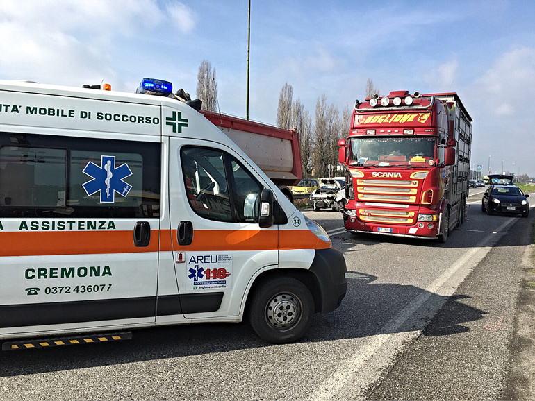 incidente-castelleonese-dentro1