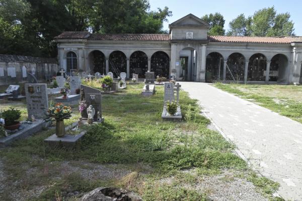 cimitero cava 2