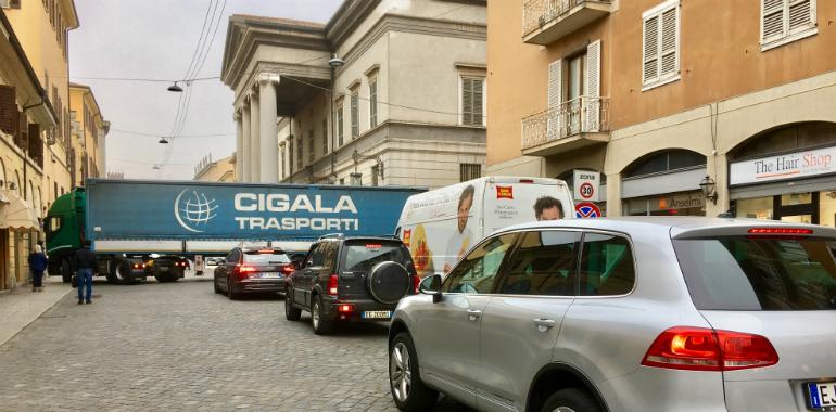 camion-incastrato-ponchielli