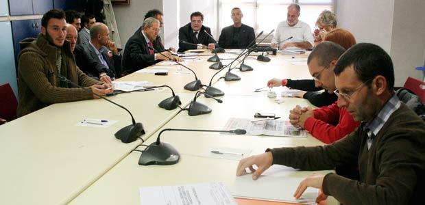 gazebo-politici-commissione