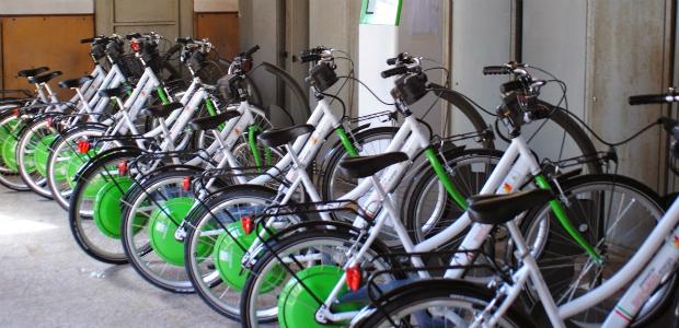 Anche Le 30 Bici Gioiello Ducati Energia Sfiorate Dal Conflitto Di
