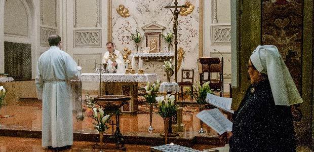 adorazione-a-soresina-reliquia