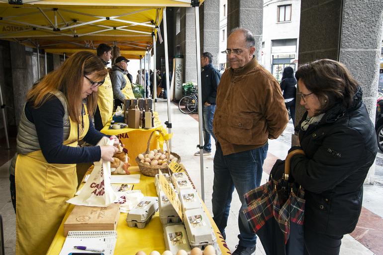 Ortofrutta il mercato dei produttori di coldiretti fa il bis sotto i portici di via monteverdi for Consorzio agrario cremona macchine agricole usate